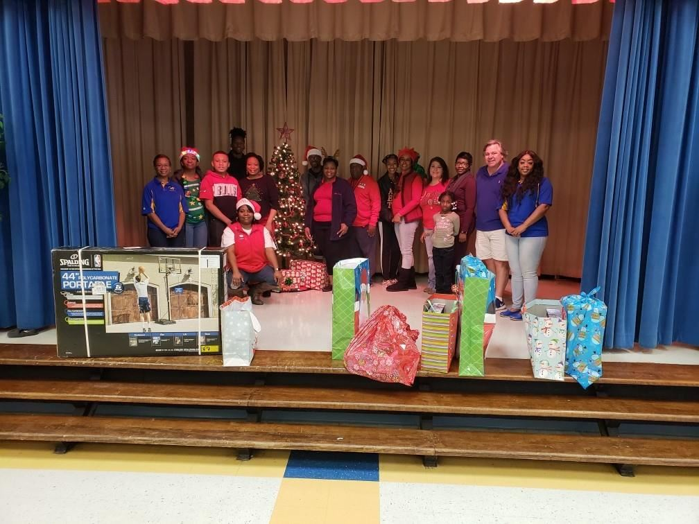 Tara foods donates gifts to Radium Elementary